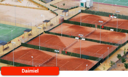 El XX Trofeo de la Uva y el Vino de Tenis comienza a disputarse desde este lunes