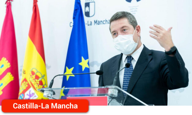 El Gobierno regional dotará con 304 ordenadores a los centros de educación de adultos y 10.373 tablets digitales en los colegios de primaria de Castilla-La Mancha
