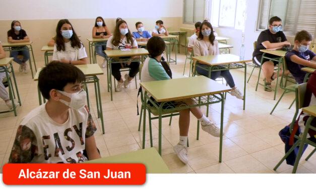 Sectorización del centro, reducción del contacto personal y de la movilidad en el primer día de curso escolar del IES Miguel de Cervantes