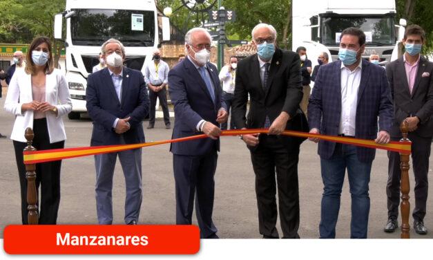 Inauguración de la II Feria Nacional de Vehículos Industriales de Ocasión con la presencia de cinco empresas del sector