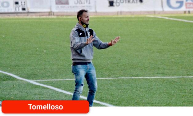 """El técnico del Atlético Tomelloso asegura que el empate ante el Atlético Pedro Muñoz """"no es negativo"""""""