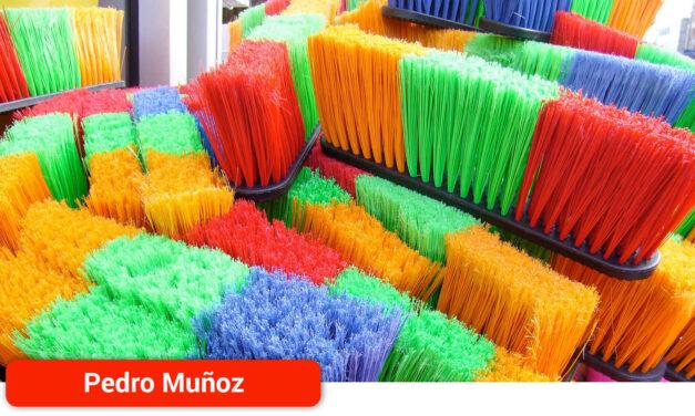 El Ayuntamiento gestionará directamente la limpieza de edificios municipales y centros educativos