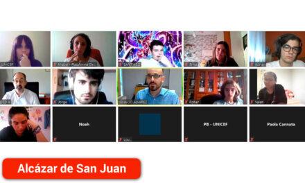 El alcazareño Adrián Cruz, uno de los ocho jóvenes participantes en un encuentro virtual con el Secretario de Estado de Derechos Sociales