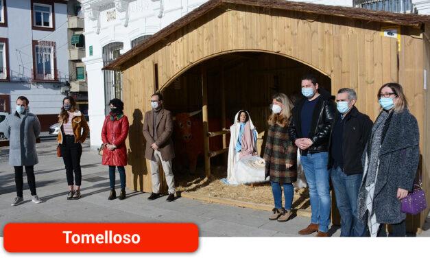 Abre sus puertas el Portal de Belén instalado en la Plaza de España