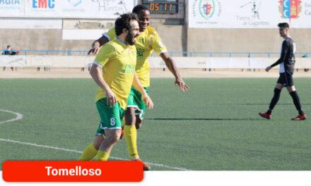 El Atlético Tomelloso frena al CDU Criptanense, líder de la liga, por 1-2