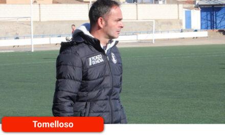 """Juanjo Rodríguez, técnico del Atlético Tomelloso: """"La actitud del equipo está siendo fantástica"""""""