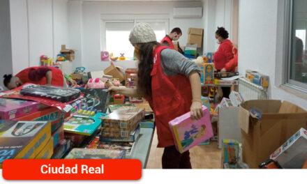 Cruz Roja Juventud recoge 1.300 juguetes para 947 niños y niñas vulnerables