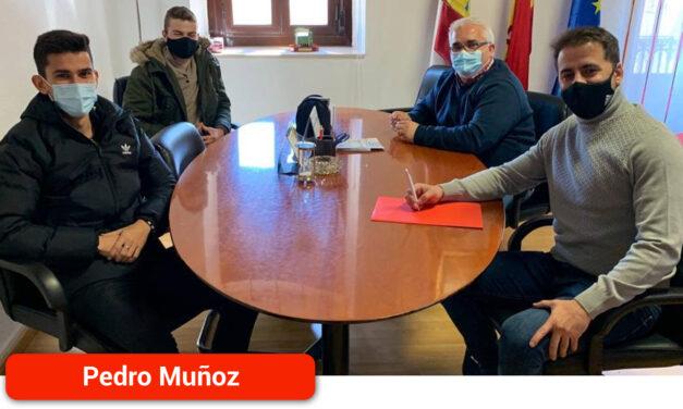 Los deportistas Marcos Jurado y David Bascuñana serán embajadores de Pedro Muñoz por todo el territorio nacional