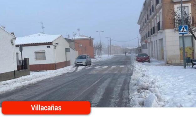 El operativo municipal sigue activo para minimizar los efectos de la histórica nevada