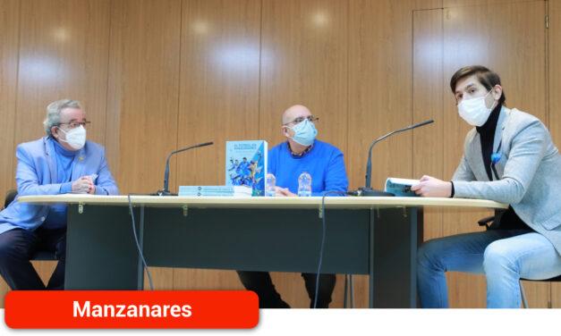 Julio Jareño presenta el libro «que el fútbol de Manzanares se merece»