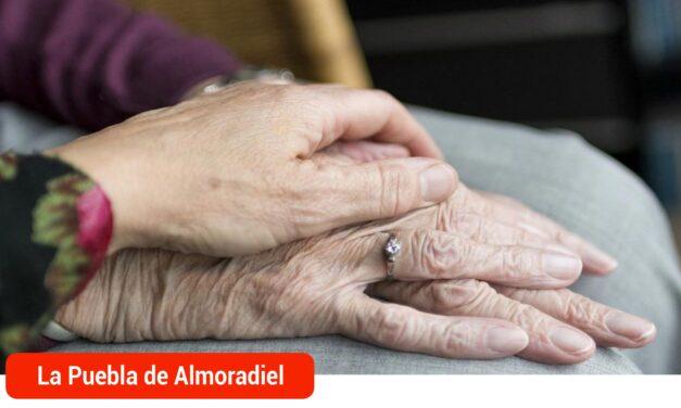 El Ayuntamiento habilita un teléfono de atención a personas mayores que viven solas