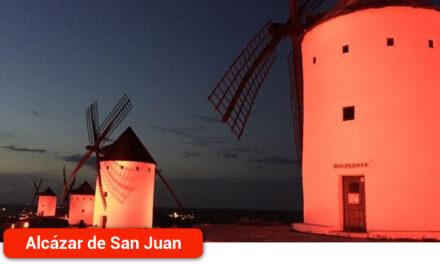 El Ayuntamiento iluminará de rojo su fachada y los molinos para conmemorar el Día Mundial del Donante de Sangre