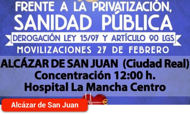 Concentración en el Hospital La Mancha Centro en defensa de la Sanidad pública