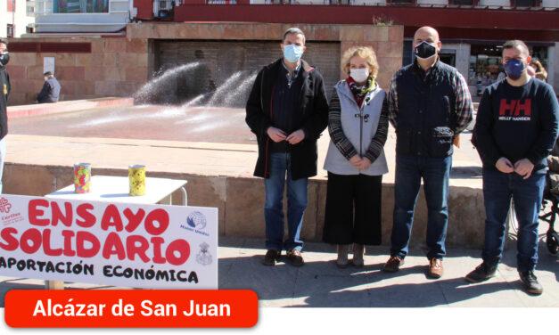 La Cofradía del Santo Entierro sale a la calle con mesas petitorias que sustituyen al Ensayo Solidario