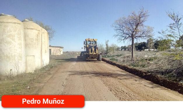 Continúan los trabajos de mejora y mantenimiento de caminos rurales