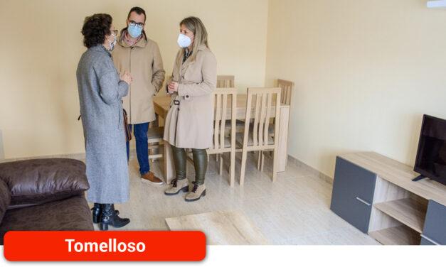 El Ayuntamiento entrega la tercera vivienda a la última familia afectada por el derrumbe de la calle Lope de Vega