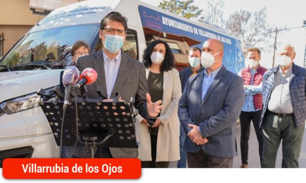 Diputación financia un nuevo vehículo adaptado para usuarios del Centro de Día de Villarrubia