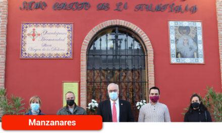 Exposición organizada por la Hermandad de la Virgen de los Dolores