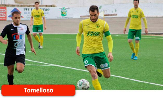 El Atlético Tomelloso arrebata el liderato al CDU Criptanense y reaviva la liga