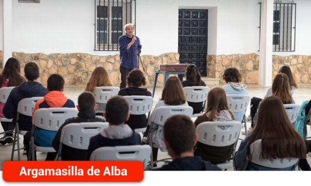 Pepe Maestro cierra el programa 'Abril, mes de las letras'