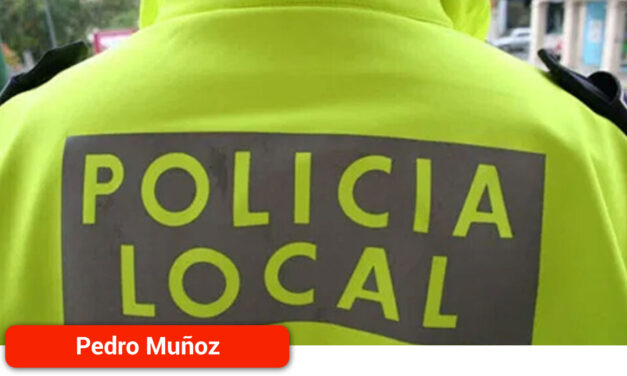Policía Local, Guardia Civil y un grupo de voluntarios encuentran a una mujer que había sufrido una caída en el campo