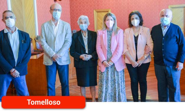 La alcaldesa rinde homenaje a los cuatro alcaldes que ya son protagonistas en el callejero