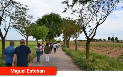 La ruta de senderismo ilustrado desvela curiosidades históricas sobre el municipio y su entorno
