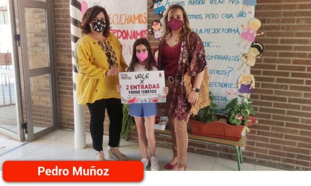 """Valeria Peinado de Carlos ganadora del sorteo escolar """"Mayo En Flor"""""""
