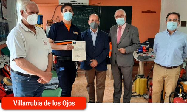 El Gobierno regional dona 16 lotes de uniformidad para los voluntarios de Protección Civil