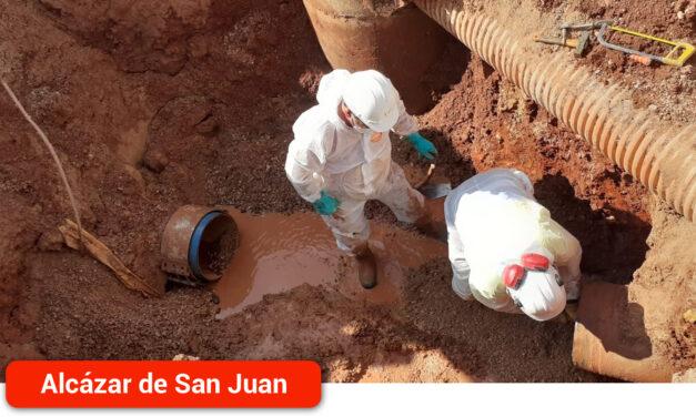 Reparada la avería en la tubería que abastece al depósito de San Isidro