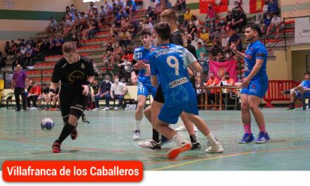 Villafranca de los Caballeros acoge con rotundo éxito la fiesta del balonmano