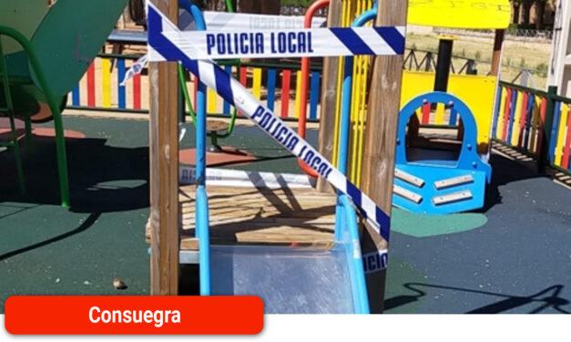 El Ayuntamiento denuncia los actos vandálicos en un parque infantil