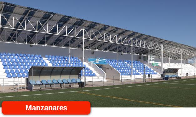 El campo municipal 'José Camacho' ya presume de nuevos asientos