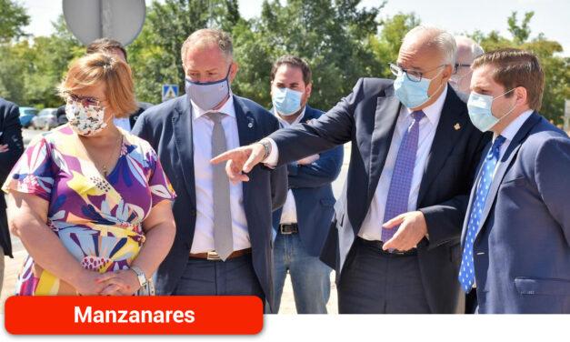 El Gobierno regional impulsa la expansión económica de Manzanares con el desarrollo urbanístico y empresarial de su polígono industrial