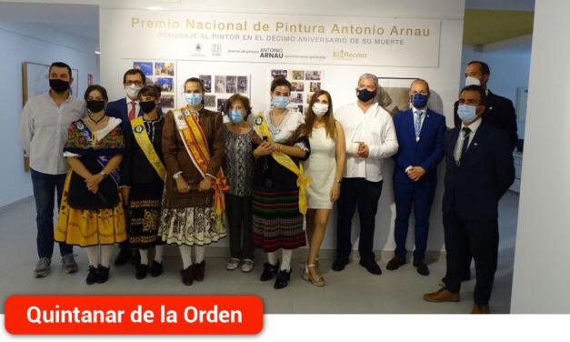 El pintor Antonio Arnau es homenajeado en la inauguración de la exposición del XXX Premio de Pintura