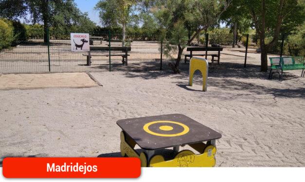 """Madridejos amplia el equipamiento del Parque Periurbano """"Adolfo Suarez"""", instalando una pista de Agility"""
