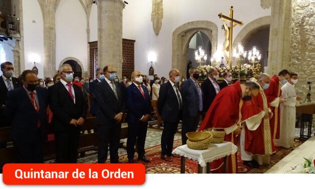 El Cristo de Gracia bendice a la localidad durante la celebración de su festividad