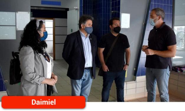 Sierra visita las instalaciones de la Piscina Climatizada