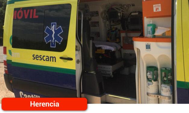 Dos heridos tras volcar un camión con posterior colisión de un turismo