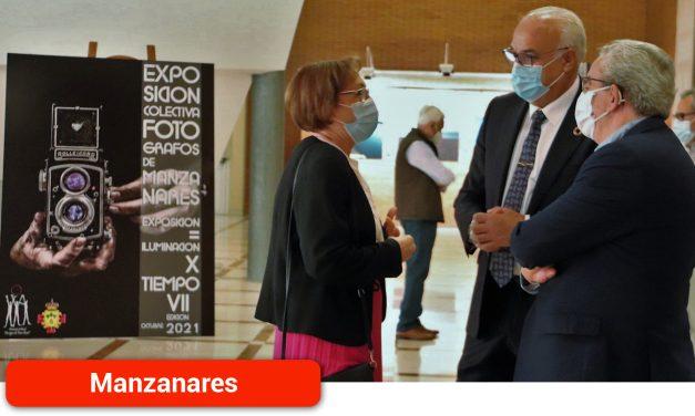 La asociación 'Amigos de Paco Boni' inaugura su VII exposición colectiva