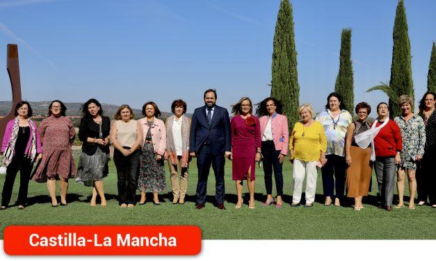 """Núñez reclama a Page medidas """"firmes y contundentes"""" para contrarrestar la tasa de paro femenino que alcanza el 65% en la región"""